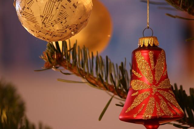 christmas-255150_640.jpg