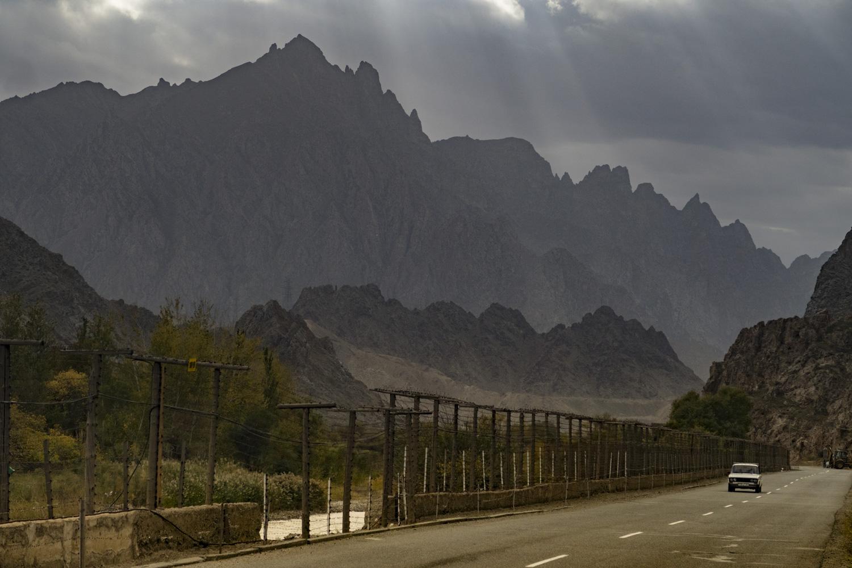 A kerítésen túl az már Irán