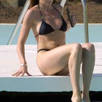 Nude Beach: Suzi Perry