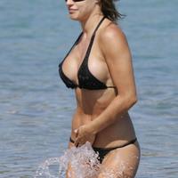 Nude Beach: Lola Ponce