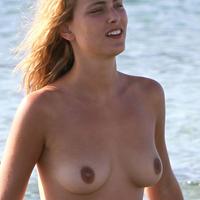 Nude Beach: Nora Arnezeder