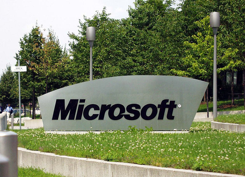 800px-microsoft_sign_on_german_campus.jpg