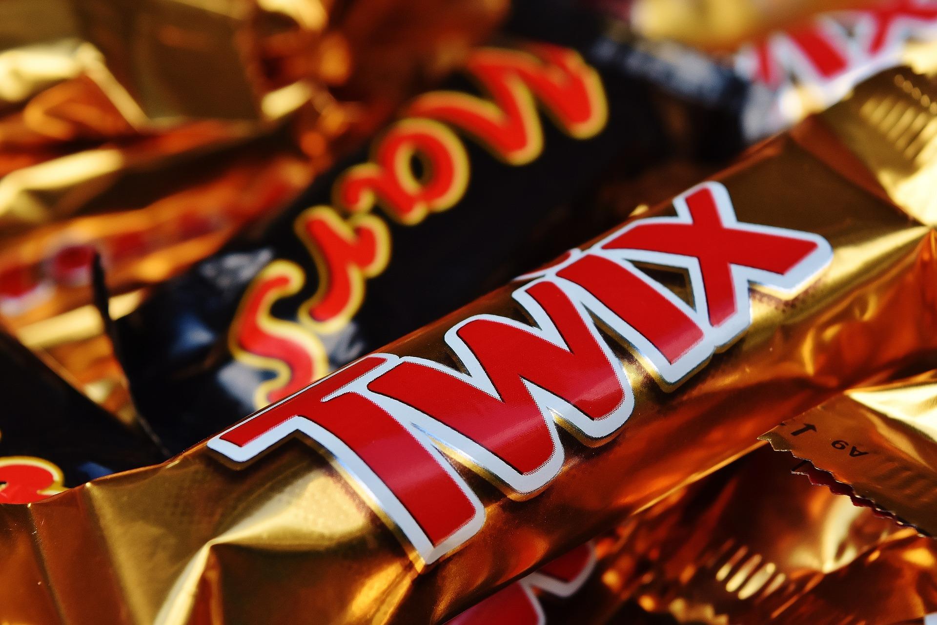 candy-bar-1735651_1920.jpg
