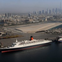 Luxus óceánjárók Dubajban luxus szállodákká válnak!