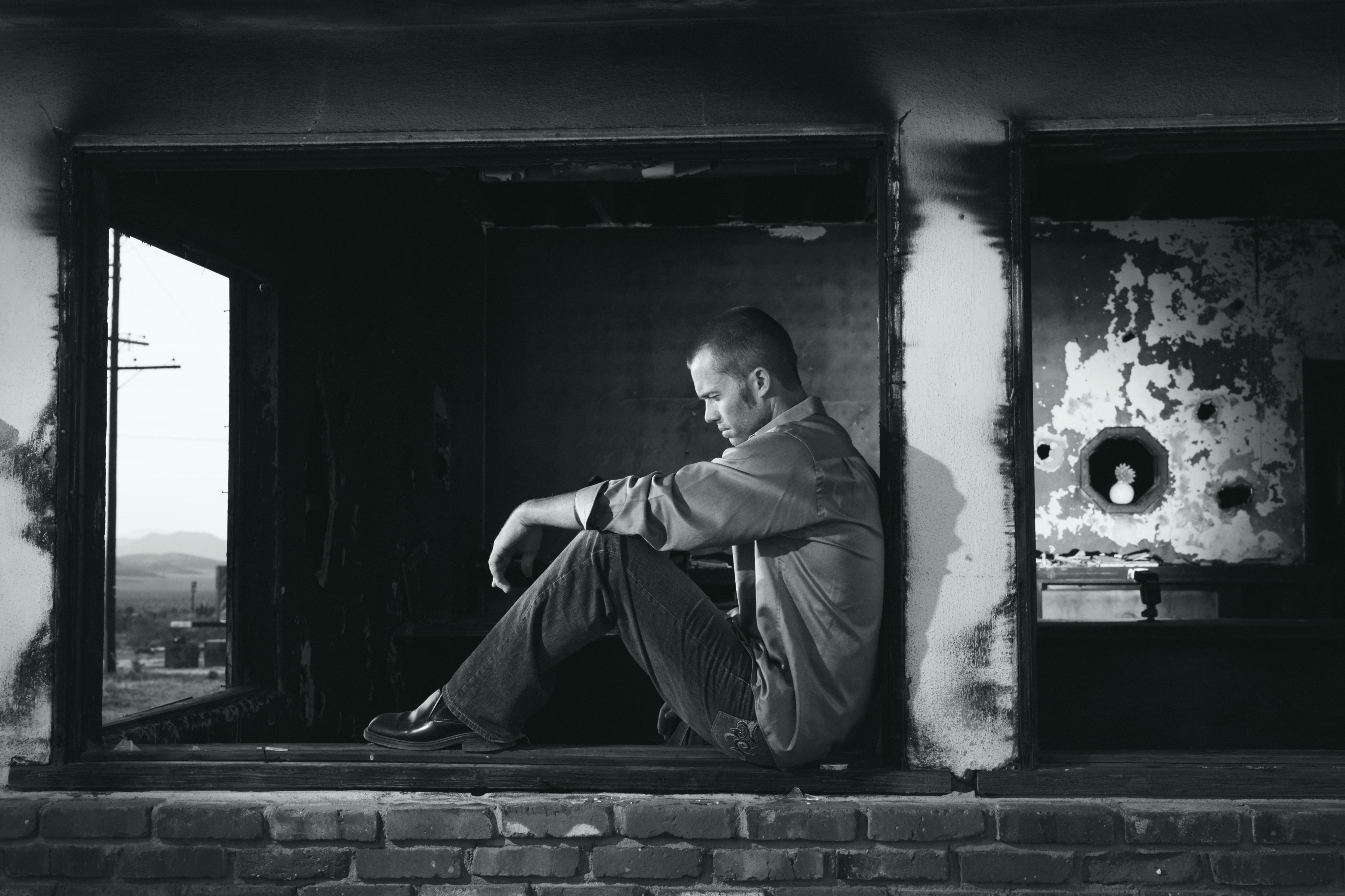 black-and-white-depressed-depression-48566.jpg