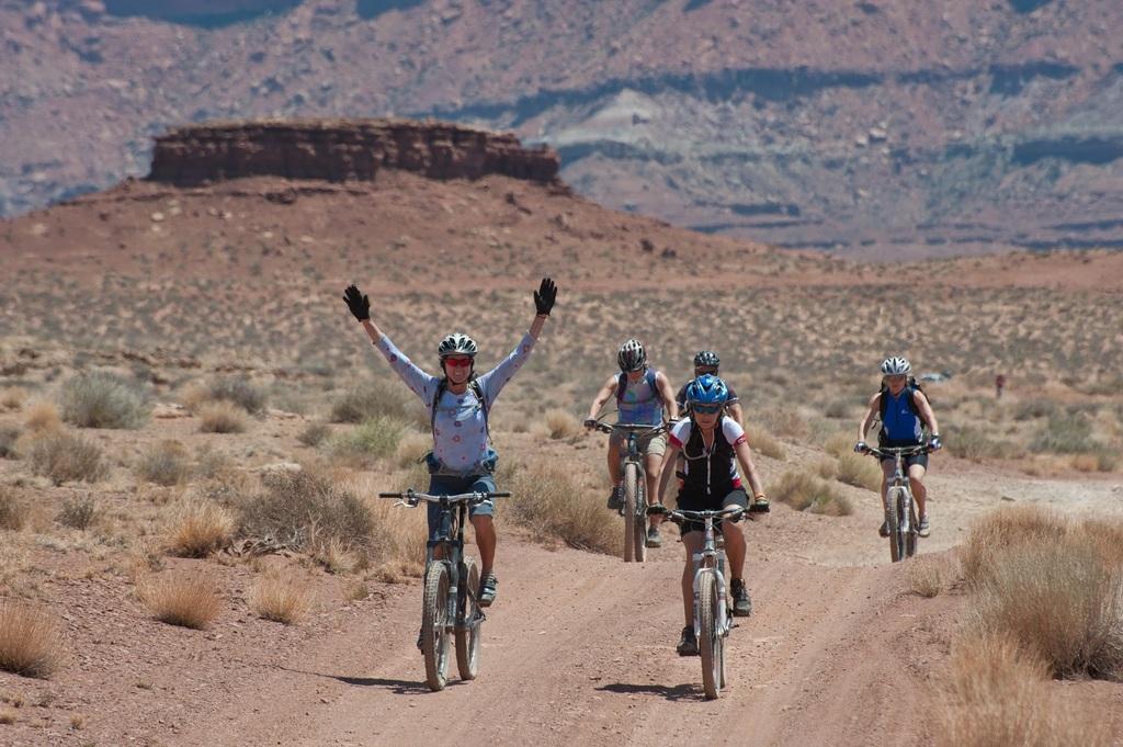 landscape-mountain-desert-adventure-bicycle-recreation-658729-pxhere_com.jpg