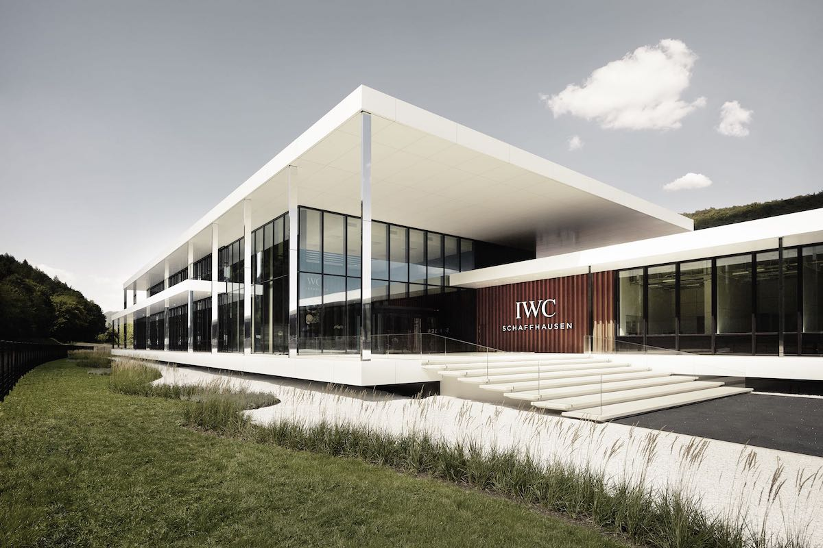 iwc-new-manufacture-the-cutting-edge-manufakturzentrum-iwc-manufacturing-center-exterior-view-main-entrance.jpeg