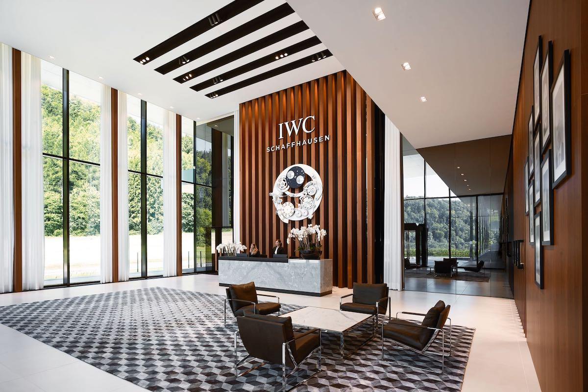 iwc-new-manufacture-the-cutting-edge-manufakturzentrum-iwc-manufacturing-center-reception.jpeg
