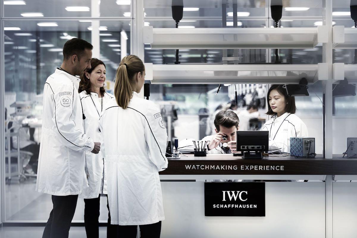iwc-new-manufacture-the-cutting-edge-manufakturzentrum-iwc-visitors-room.jpeg