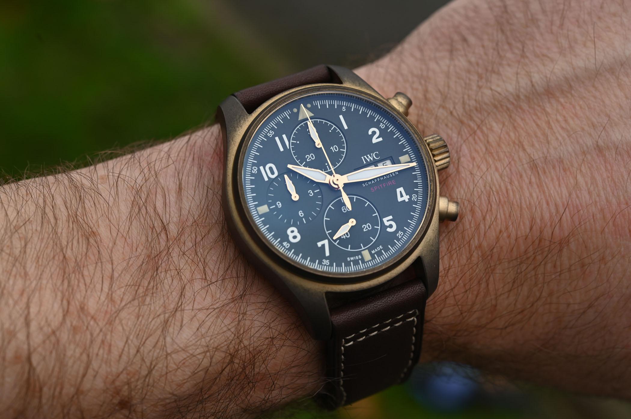 iwc-pilots-watch-chronograph-spitfire-bronze-iw387902-sihh-2019-18.jpg
