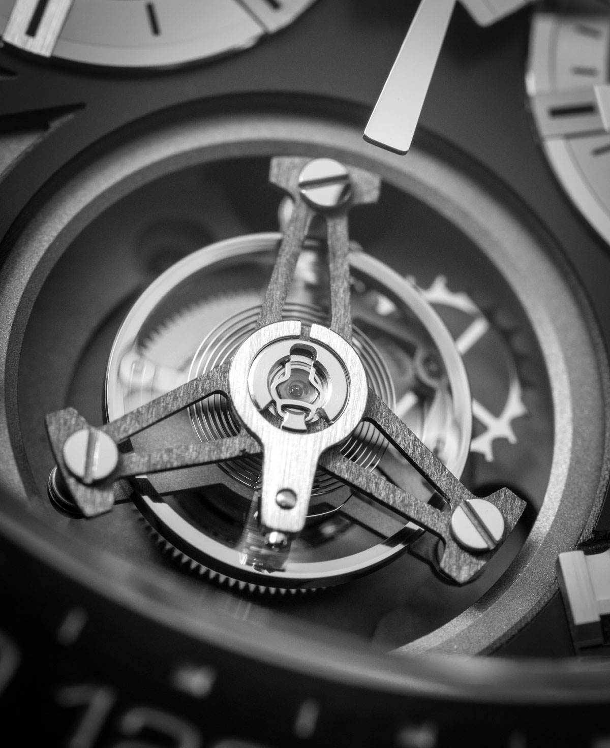 tag-heuer-heuer02t-tourbillon-carrera-orasblog-karora-luxus-ora-kronograf-14.jpg