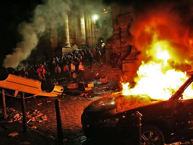Az Orbán-kormány az egykori jogállam hulláján élősködik mind a mai napig