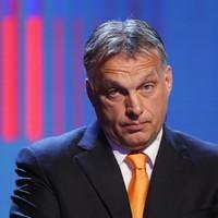Orbán szégyent hoz a magyarokra