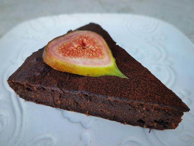 Fügés csokitorta (glutén- és tejmentes)