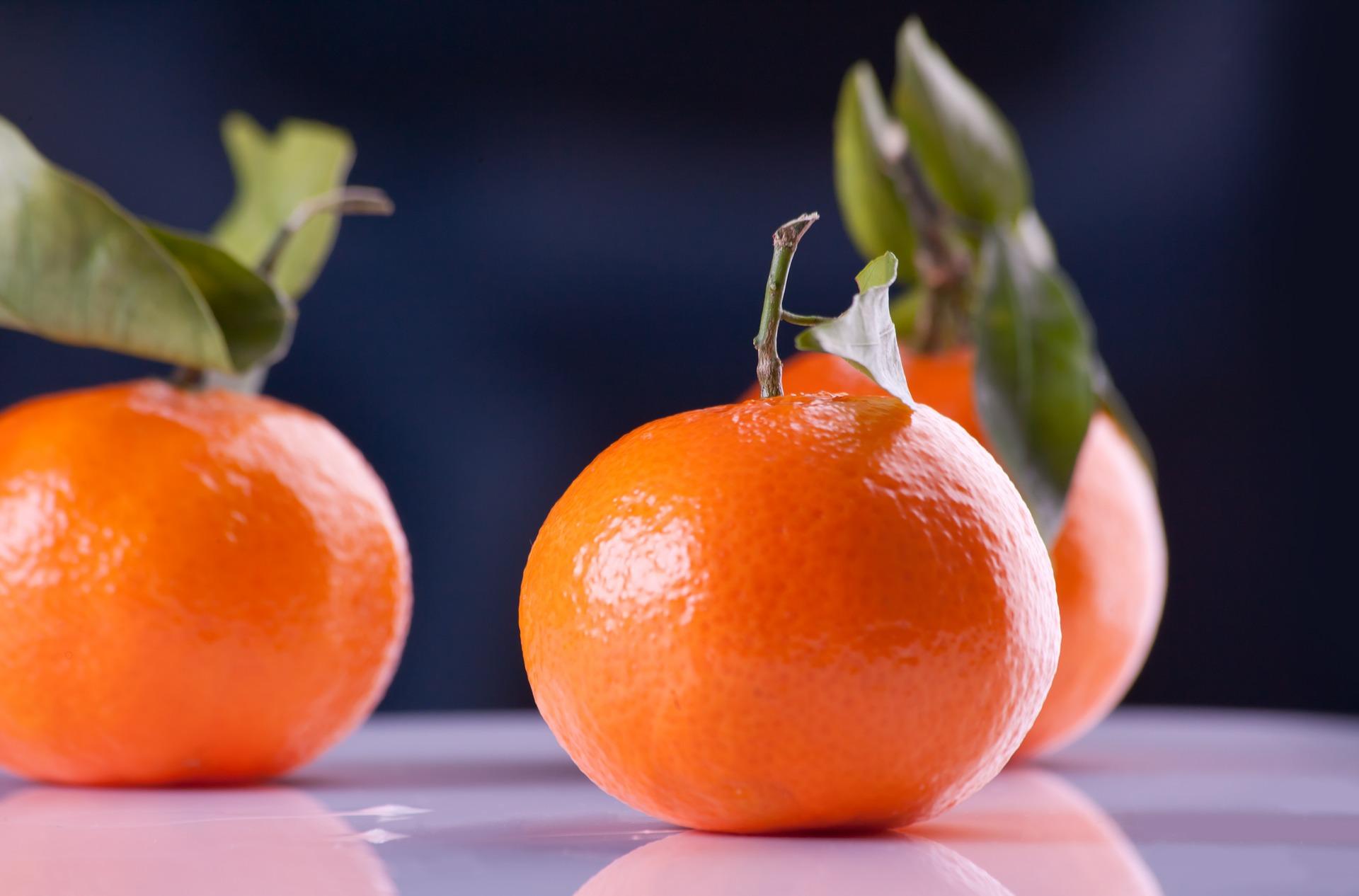 tangerines-599578_1920.jpg