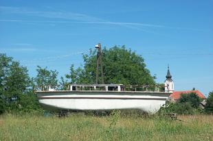 Vajszlói hajó - színházi plakát