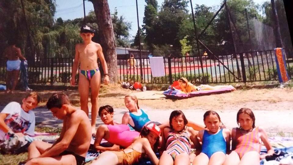 Iskolai nyaralás Balatonfenyvesen,1990 (?)