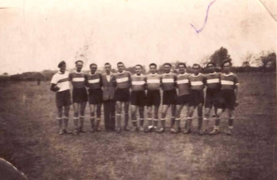 A fénykép hátoldalán olvasható:<br />1951. IV. 12. Sellye-Zaláta 4:1<br />