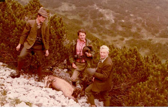 Tirol, az elejtett zergével