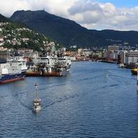 Bergen előtt. Bergen után. És közben is