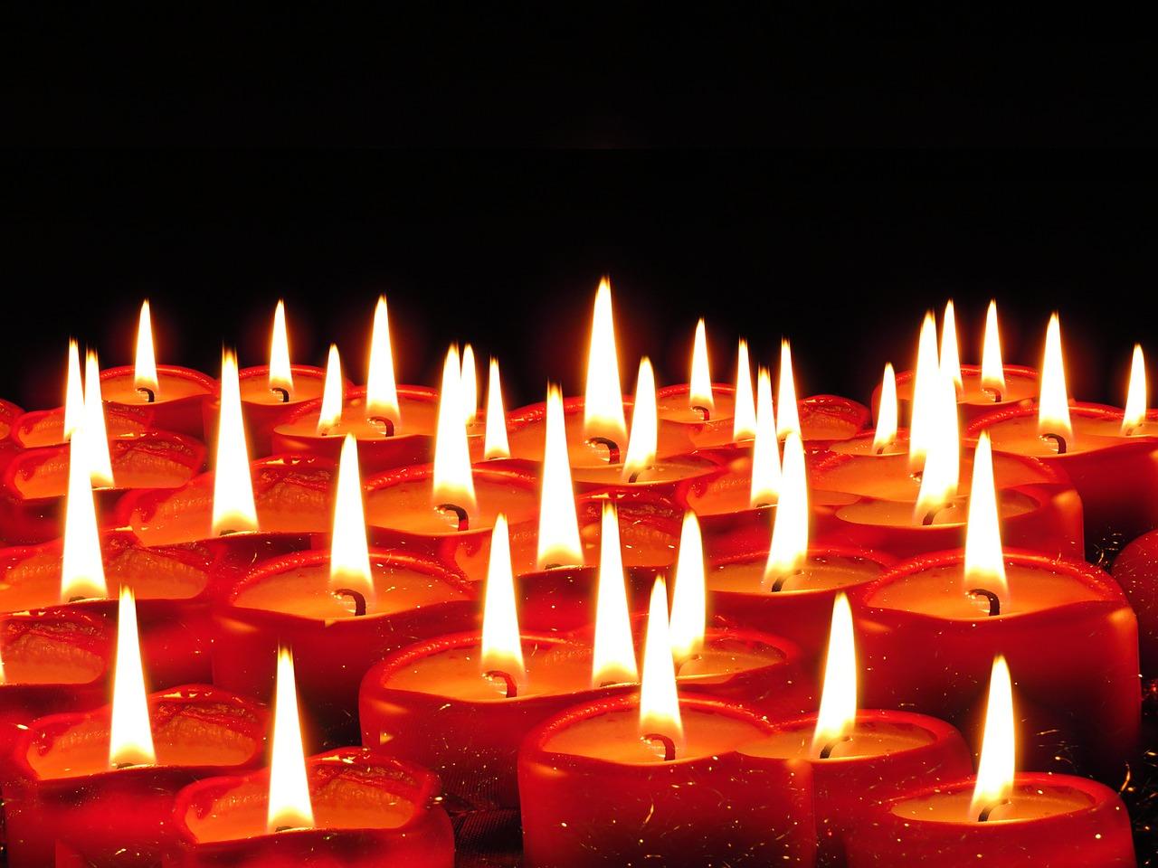 candles-939237_1280.jpg