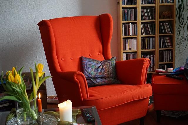 chair-270980_640.jpg