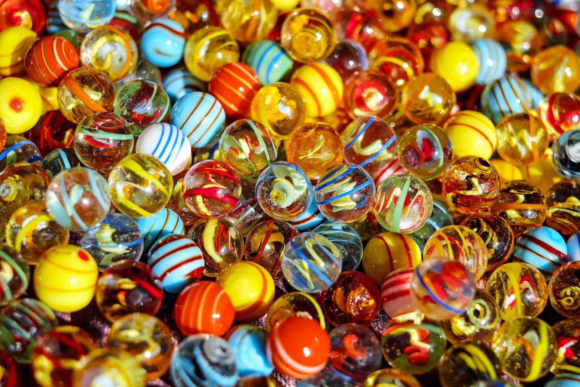marbles-1659398_1920.jpg