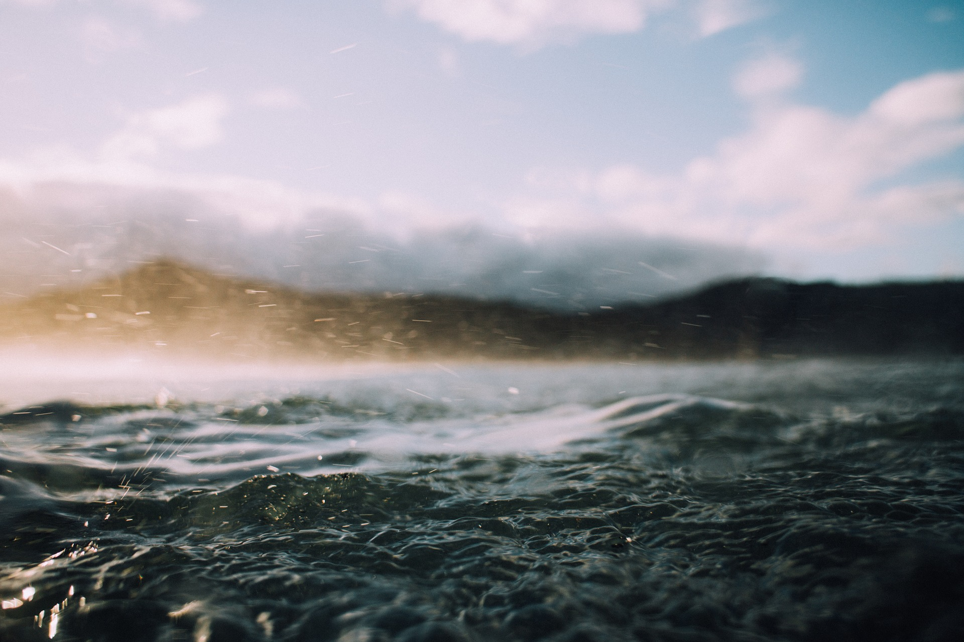 water-1867234_1920.jpg
