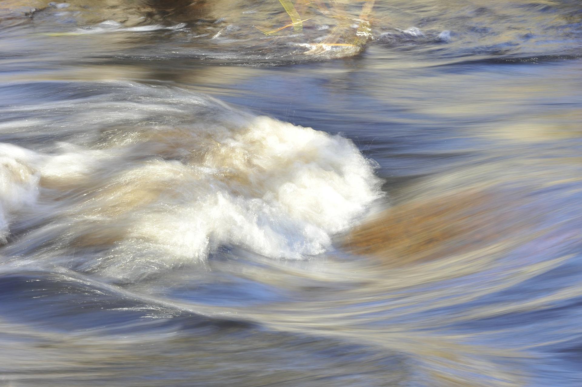 water-195926_1920.jpg