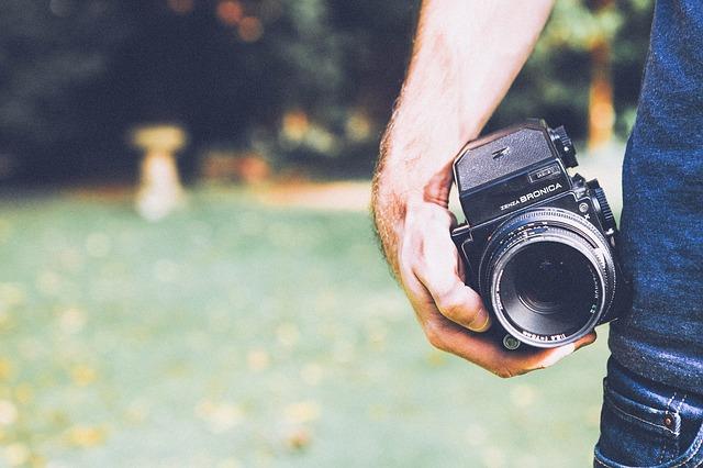 photographer-349874_640.jpg