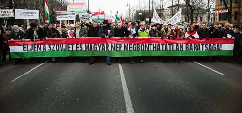 szovjet magyar békemenet.jpg