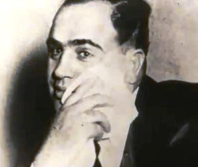 Capone megszégyenítve.JPG