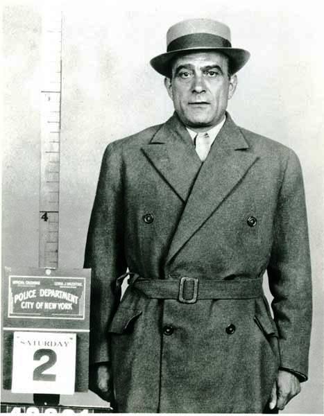 Vito Genovese vádlott.jpg