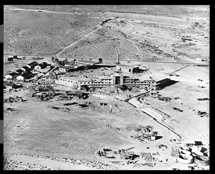 flamingo_construction_site_1946.jpg