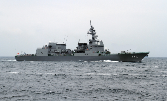 js_akizuki_in_the_sagami_bay_during_the_sdf_fleet_review_2012_-14_oct_2012_a.jpg