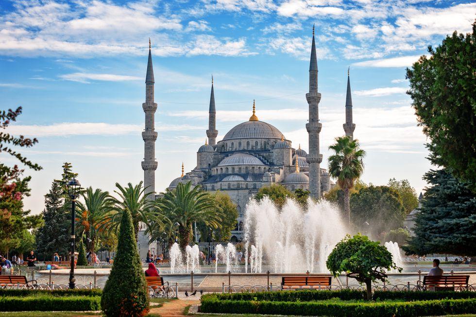 sultan-ahmed-mosque-istanbul-turkey.jpg