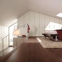 A maximális helykihasználás - tetőtéri gardrób