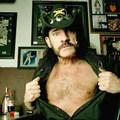 Lemmy: Túl sok szesz helyett túl sok szex (18+)