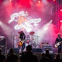 Peter Kovary & The Royal Rebels - Retro TV Show-t idéző új klip és egy 4 dalos EP