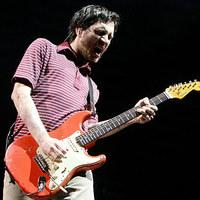 Ma ünnepli 45. születésnapját az ex-Red Hot Chili Peppers gitáros, John Frusciante