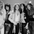 Amikor az Aerosmith letette az óvadékot a rajongóiért