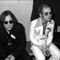 Elton John, John Lennon és egy rendhagyó kakukkos óra