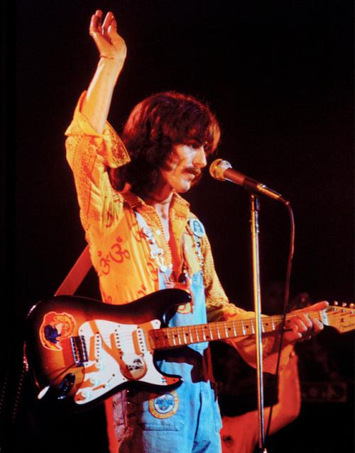 george_harrison_opening_night_of_the_dark_horse_tour_vancouver_november_2_1974.jpg