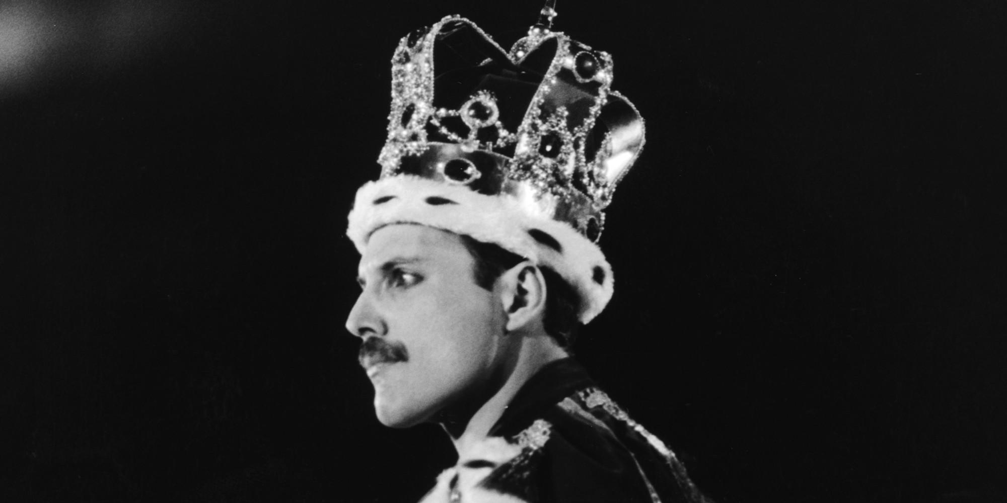 o-freddie-mercury-crown-facebook.jpg