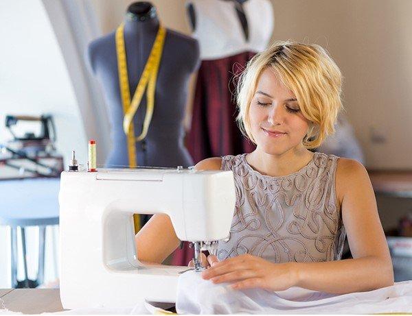 12-diy-sewing-tables