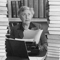 Star In DaHaus: Agatha Christie a nyári lakban