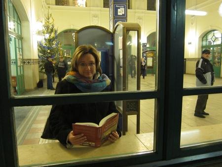 Bréking: Rácz Zsuzsa aranykönyves