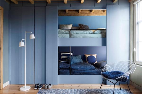 dulux-colour-futures-17-coty-kids-bedroom-denim-drift-sash-blue-cornflower-bunch-marine-waters.jpg