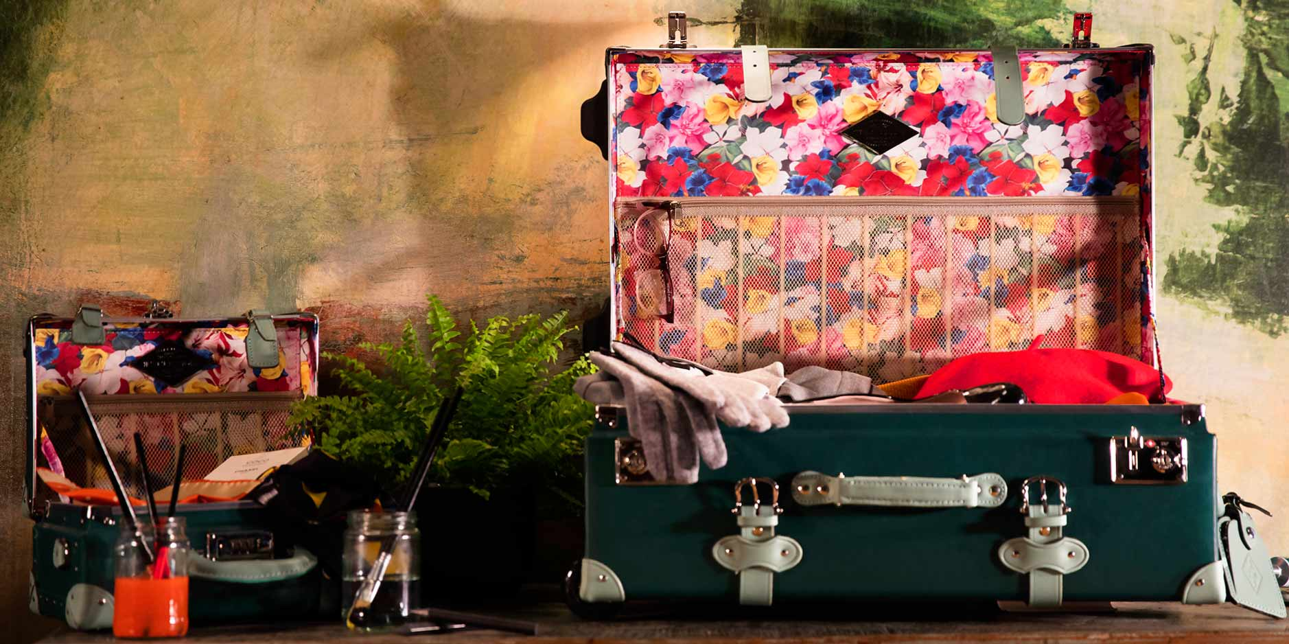 steamline-luggage-collection-1.jpg