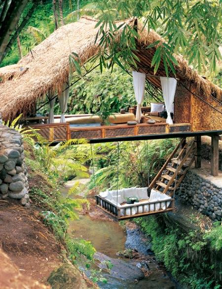 Lounge a folyó felett